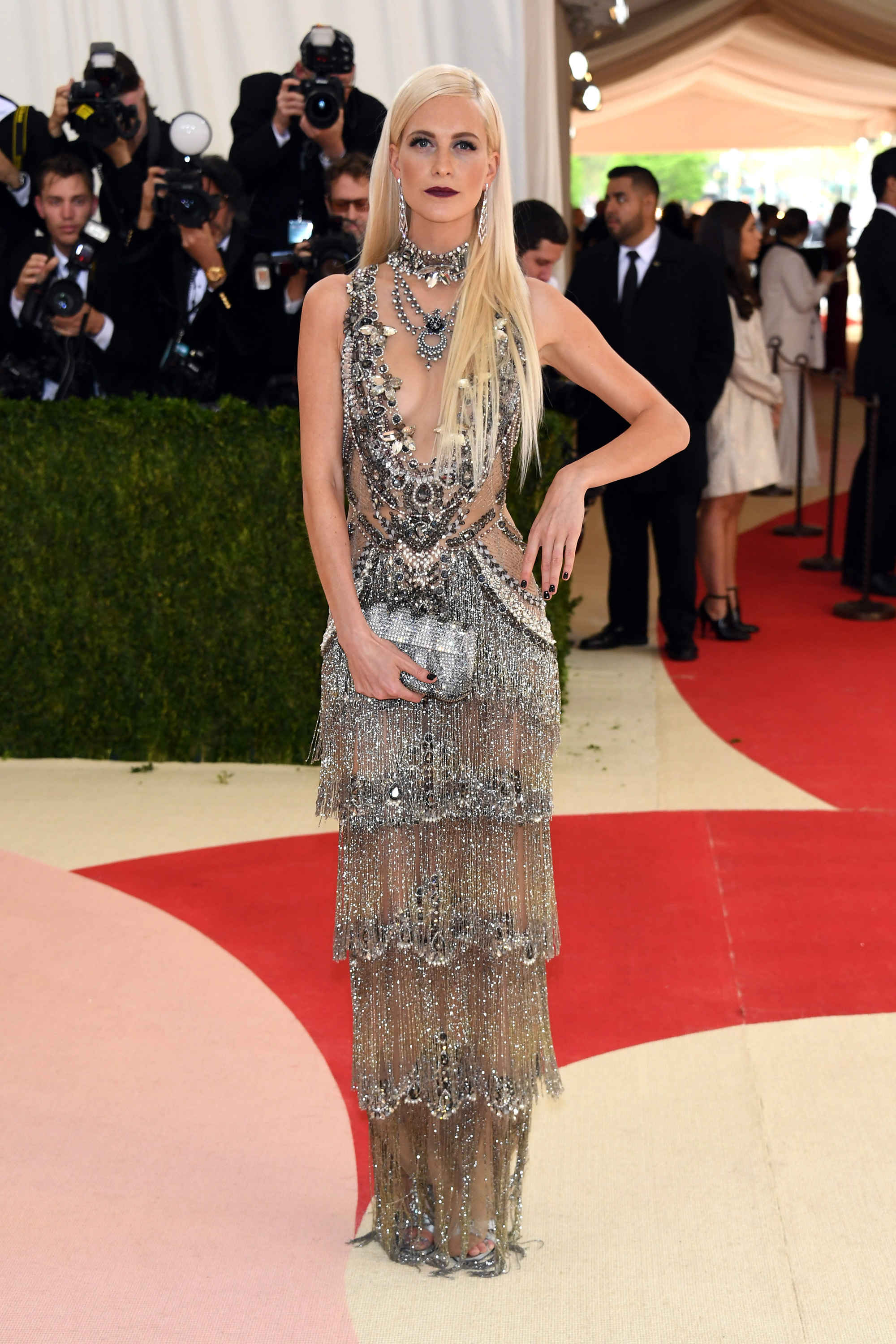 "Poppy Delevingne in Marchesa with a ""vamp"" makeup that I loved!"